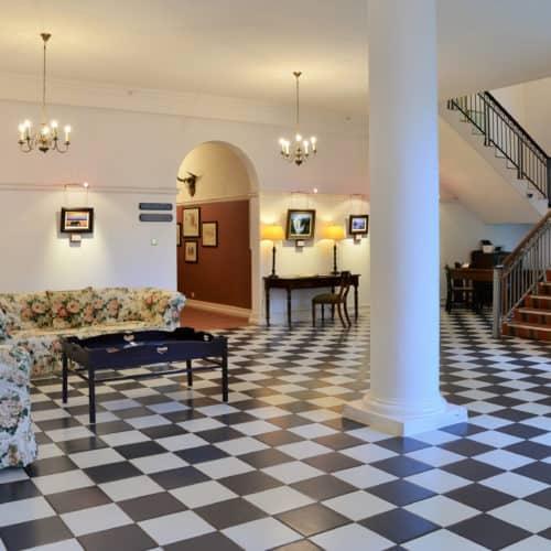Victoria Falls Hotel - honeymoon-suite